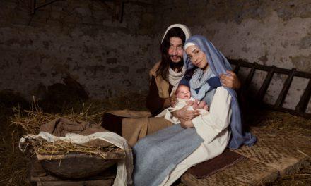 """""""Christmas Times A' Comin"""""""
