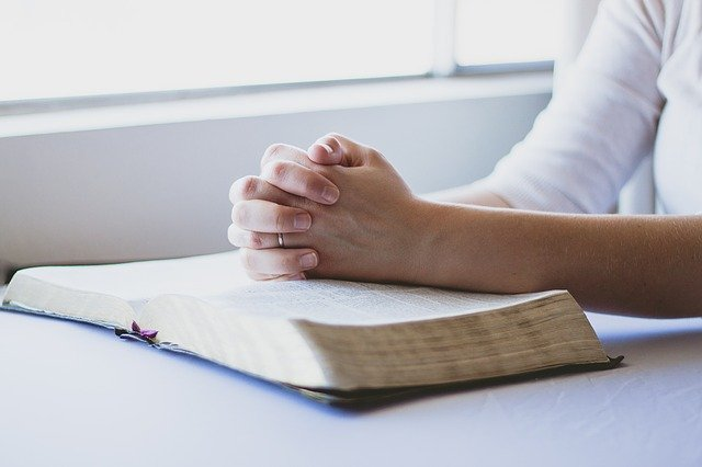 """31 Days of Repentance – Day 9:  Forgive Me for Trying to """"Fix"""" Other People's Problems Instead of Letting God"""