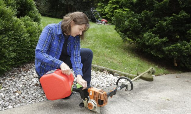 Tips for Fueling up for Outdoor Fall Chores